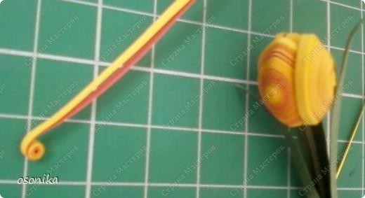 Такие тюльпаны мы делали на курсах. Цветок размером 1,5 см, со стебельком 4-5см получается фото 3