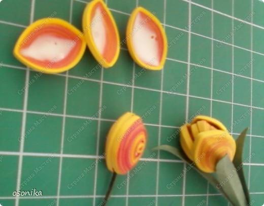 Такие тюльпаны мы делали на курсах. Цветок размером 1,5 см, со стебельком 4-5см получается фото 7