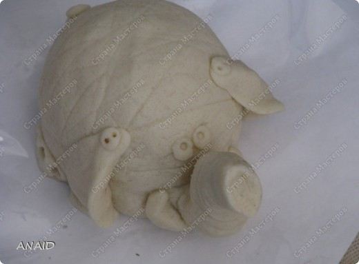 Мастер-класс Скульптура Лепка Роспись слонёнок и рыбка на монетках МК Тесто соленое фото 11