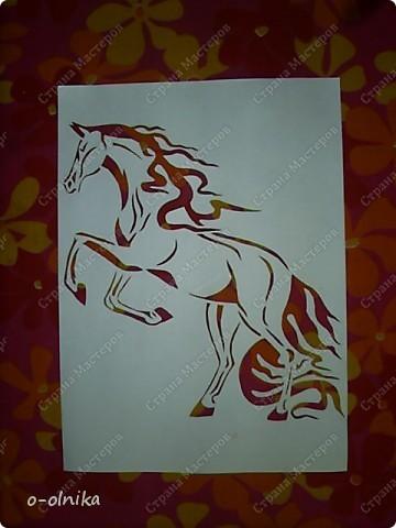 Рисунок лошади нашла на просторах интернета. Кое-что доделала, кое-как переделала. Вот что получилось. фото 1