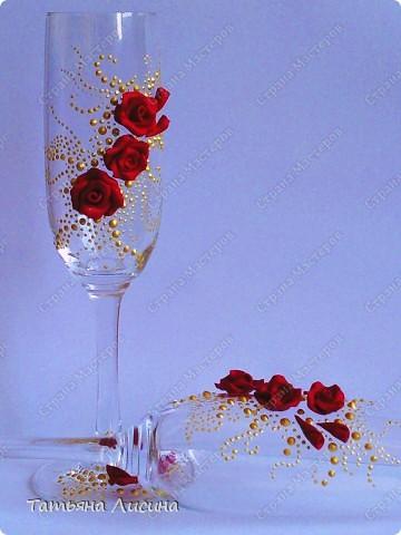 Насмотрелась на совершенно сказочные свадебные бокалы на нашем сайте, и тааааааааааак захотелось самой попробовать! Сидела всю эту ночь... Сейчас глаза слипаются... фото 4