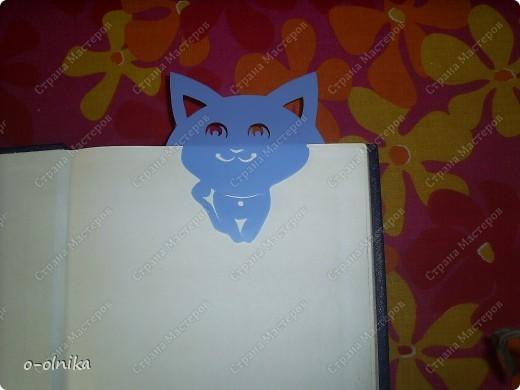 Идею этой закладки мне подарила Голубка. К новому учебному году для ребенка сделайте забавный подарок. Голубой щенок смело охраняет нужую страничку и не  даёт ей затеряться. фото 2