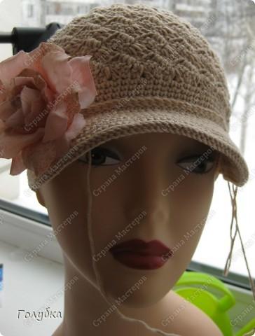 Предлагаю, вместе разобрать вязание кепочки, т.к. этот головной убор в гардеробе барышень становится актуальным и популярным!<br /> <br /> <br />  фото 16