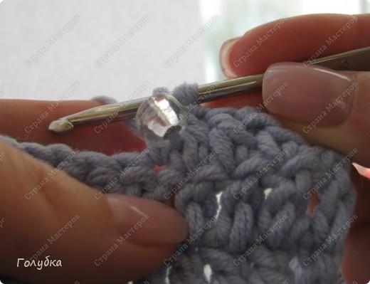 Магические зернышки бисера, всегда привлекают внимание. Какие замечательные вещи создают с ним  вышивки, фенечки, бусы....На сегодняшний день одним из самых распространённых хобби у женщин и даже у некоторых мужчин является вязание бисером. Вещи из бисера – необычное зрелище, вызывающее не только восхищение, но и глубокое уважение к их создателю. Вязание бисером - это трудоёмкое дело, требующее большого терпения и усидчивости. Но зато, какую уникальную вещь Вы можете получить в результате!  фото 8