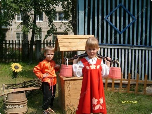 Фоторепортаж Оформление участков в детском саду Материал бросовый фото 2