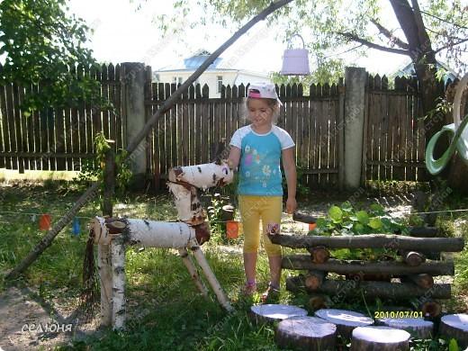 Фоторепортаж Оформление участков в детском саду Материал бросовый фото 5