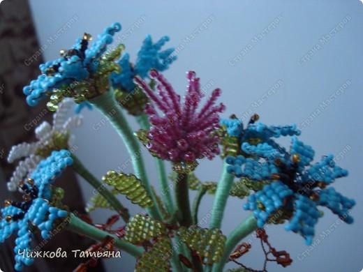 Теперь благодаря бисеру мои любимые цветы круглый год будут меня радовать. фото 3