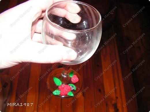 Еще бокалы с розочками из пластики фото 2