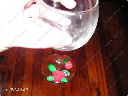 Еще бокалы с розочками из пластики фото 1