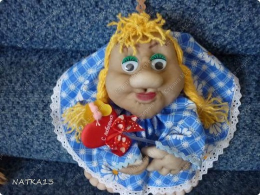 вот насмотревшись на кукол на удачу и я надумала сотворить такую. фото 1