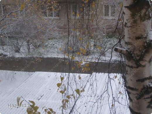 Нам понадобится: воск красного,желтого и зеленых цветов,формочка в форме дерева,стек и фитиль. фото 5