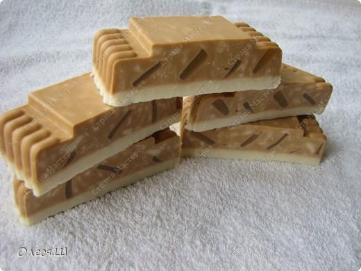 Мыло сваренно из детского на молоке с добавлением пихтого масла, масла виноградной косточки и ЭМ пихты фото 2
