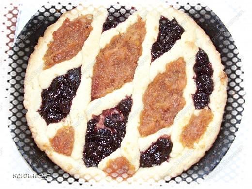 """Вот ,девочки,опять решила испортить вам фигуры,заманив к себе)))))))) Пирог получился такой """"Невкусный"""",что его и печенья уже не осталось))) фото 7"""
