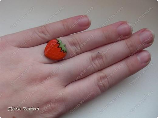 коробочка то ли клубничка, то ли морковка =) фото 2