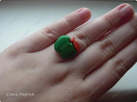 """""""Зеленое яблоко"""" (металлическая основа, пластмассовое яблоко)   фото 6"""