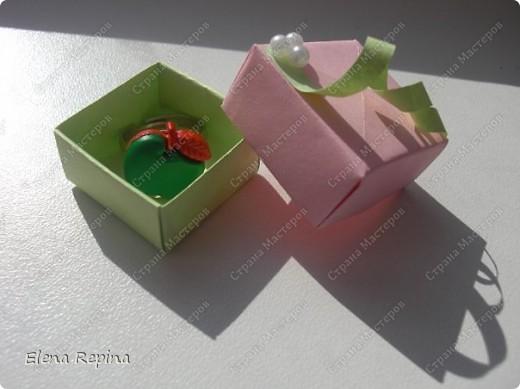 """""""Зеленое яблоко"""" (металлическая основа, пластмассовое яблоко)   фото 5"""