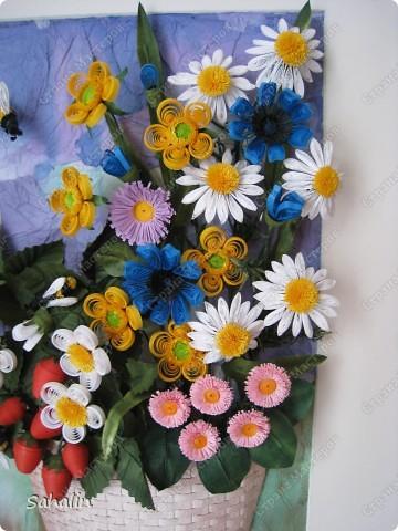 Очень хотелось продлить замечательные летние дни - наполненные ароматами цветов и ягод. Немного намудрила с фоном. Ну что получилось, то получилось. Конечный результат ожидала немного другой, но мне все равно нравится, надеюсь понравится и вам. фото 4