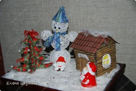домик, елка и снеговик)))