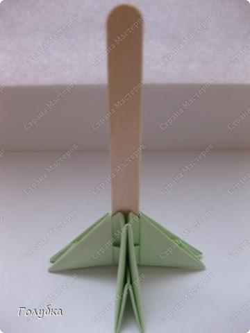 Сегодня на занятие с первоклассниками мы тоже начали подготовку к Новому году и узнали об одной интересной технике -модульное оригами. фото 6