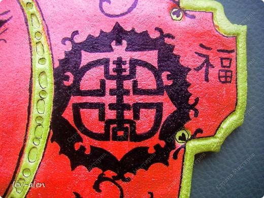 Красный цвет в Китае символизирует счастье. Желтый- императорский цвет.  фото 3