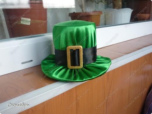 Идея была взята с игольницы , Большое спасибо автору  за идею она меня спасла на прошлое 8 марта , и сейчас когда попросили придумать декор в ирландский зал.