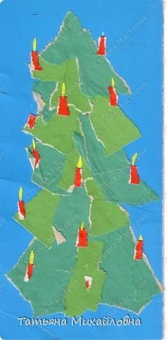 """Даже самые маленькие хотят делать подарки близким. Можно попробовать сделать большую открытку. Техника очень простая: малыш рвет кусочки. Для ангела выберете подходящие, а  снег, елочку и следы Деда Мороза малыш нарвер и наклеит сам. """"Снег"""" получается у всех! фото 6"""