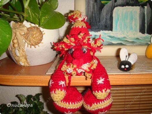 Не люблю вязать одно и тоже, но так уж получилось,что это- мой седьмой домовенок...Почему-то ,эта игрушка пользуется популярностью среди  друзей и знакомых... фото 1