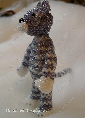 Кошатик-полосатик (игрушка из бисера) фото 1