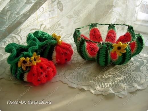 """Пинетки-""""клубнички"""" вдохновили меня на создание пинеток-""""арбузиков"""". В комплект к ним связалась игрушка-раскладушка.  фото 4"""