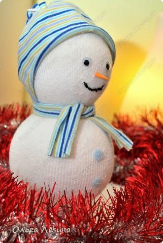 Сделала снеговичка к новому Году.   фото 1