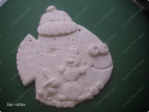 Поделка изделие Новый год Лепка Роспись Рыбки Зимне-новогодние Краска Тесто соленое фото 5