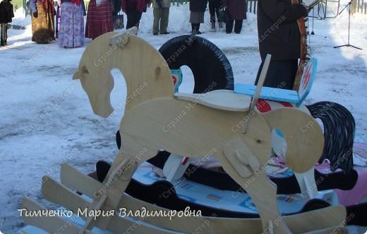 Лошадь-качалка фото 1