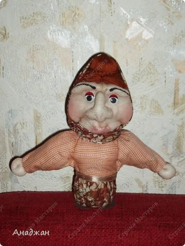Кирочка. Эту куклу сделала другу нашей семьи, в подарок на ДР. Все кто ее знает сказали что очень похожа. Надеюсь что ей понравится наш подарок. фото 5