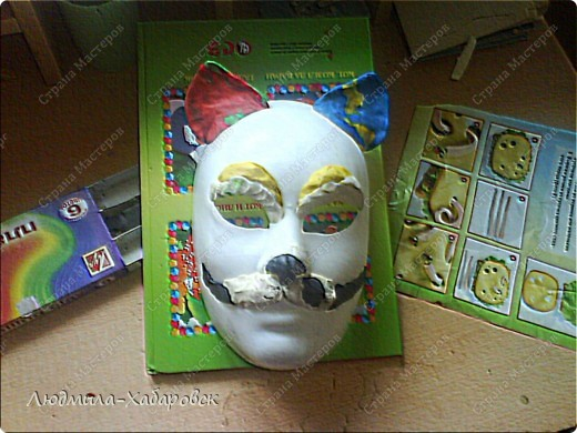 Вот такая кошачья  маска к празднованию НГ у меня получилась... фото 2