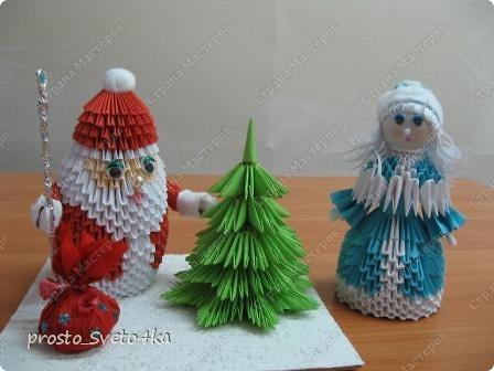 Вот такую композицию сделала на Новый год... Дед Мороз  сделан   крестнику в детский сад.