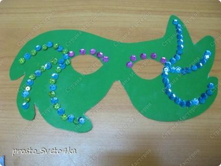 Хочу предложить вашему вниманию работы детей с использованием шаблонов масок, выложенных на сайте   Инны (Inna-Mina  http://stranamasterov.ru/user/12762 ). Огромное ей спасибо за подборку таких замечательных работ.  Помощники сайта,  помогите -  прошу Вас вставить  ссылку на её работы.   фото 5