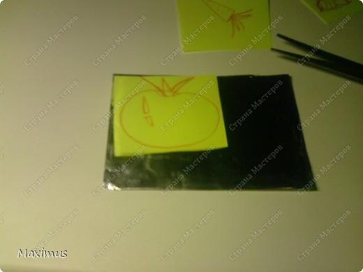 Нам понадобятся:Фольга,тетрадь(любая),ножницы и карандаш. фото 7