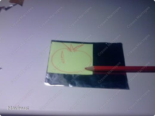 Нам понадобятся:Фольга,тетрадь(любая),ножницы и карандаш. фото 8