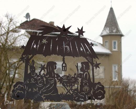 приветствую всех, ко зашёл в гости  мы опять немного помастерили) как делаются такие звёздочки, можно посмотреть здесь, http://crimsonxreign.deviantart.com/art/paper-star-tutorial-108431867    фото 10