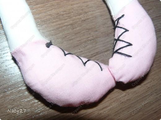 Искала, где можна подробно увидеть как делать тряпичную куклу, вот сайт: http://www.liveinternet.ru/users/luboznatka/post124518232/ фото 5