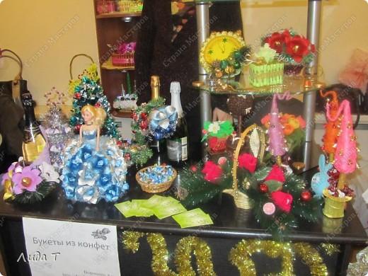В Челябинске 18-19 декабря в Доме архитектора проходила Новогодняя 10-я выставка-продажа изделий ручной работы. Небольшой фоторепортаж. Первые 4 фотографии куклы от Ирины Викторовны Перебейнос фото 12