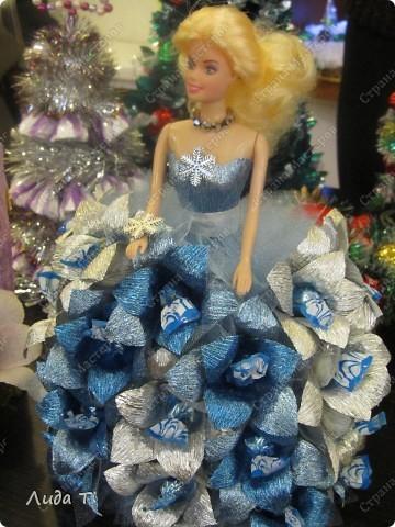 В Челябинске 18-19 декабря в Доме архитектора проходила Новогодняя 10-я выставка-продажа изделий ручной работы. Небольшой фоторепортаж. Первые 4 фотографии куклы от Ирины Викторовны Перебейнос фото 13