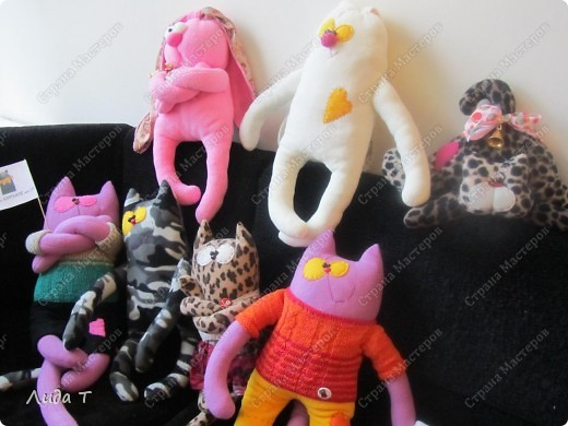 В Челябинске 18-19 декабря в Доме архитектора проходила Новогодняя 10-я выставка-продажа изделий ручной работы. Небольшой фоторепортаж. Первые 4 фотографии куклы от Ирины Викторовны Перебейнос фото 21