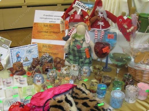 В Челябинске 18-19 декабря в Доме архитектора проходила Новогодняя 10-я выставка-продажа изделий ручной работы. Небольшой фоторепортаж. Первые 4 фотографии куклы от Ирины Викторовны Перебейнос фото 28