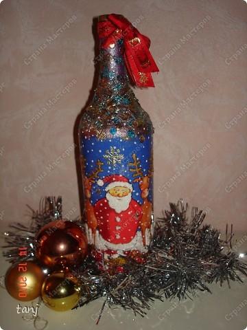 новогодняя бутылка-качество фото не очень хорошее