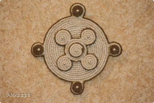 Панно из бельевой веревки и шпагата фото 3