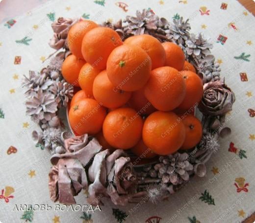 Венок из природных материалов. (мандарины настоящие:)))) ) фото 1
