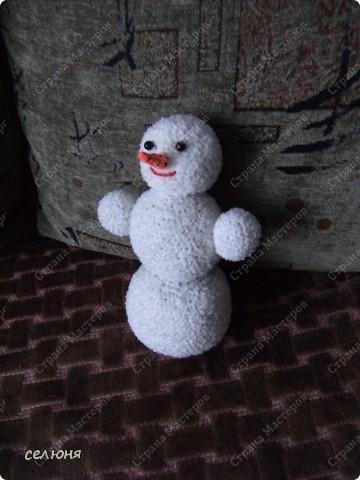 Вот такой снеговик связала я на конкурс. фото 2