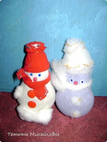 """Кукол по народным традициям мы мастерили.   См: """"Игровые куклы """" http://stranamasterov.ru/node/100802   Почему бы не попытаться использовать эту идею для новогодних поделок. фото 3"""
