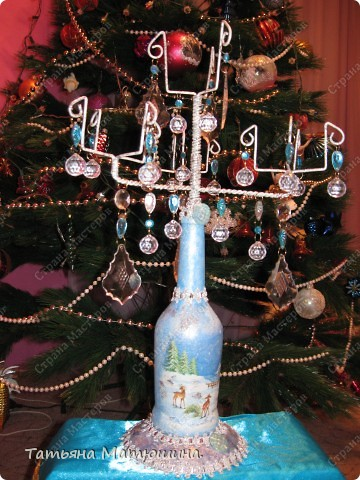 Подсвечник.Или что можно сделать из куска проволоки,бутылки и старой люстры. фото 5